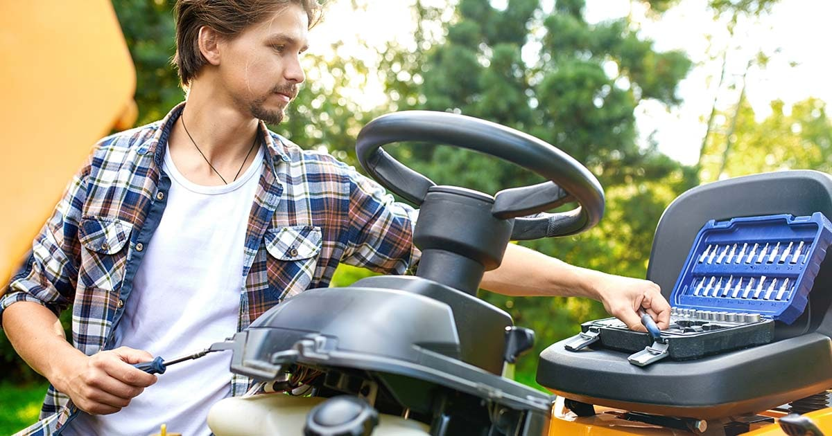 How to Set Up a Riding Mower